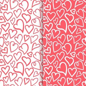 Contornos de corações desenhados à mão conjunto de padrão romântico sem emenda