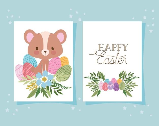 Convite com letras de feliz páscoa, um urso fofo e uma cesta cheia de desenhos de ilustração de ovos de páscoa