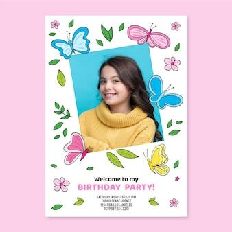 Convite de aniversário de borboleta desenhado a mão com modelo de foto