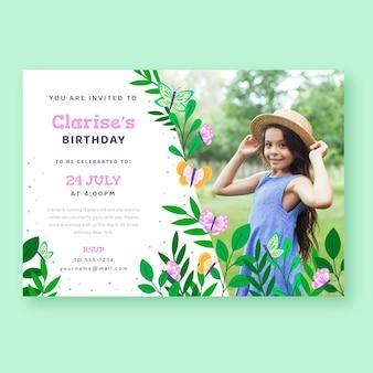 Convite de aniversário de borboleta plana com foto