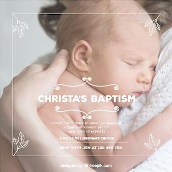 Convite de batismo com folhas desenhadas mão