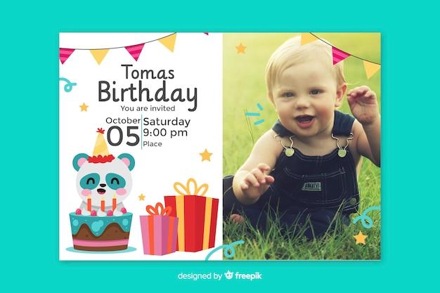 Convite de cartão de aniversário para bebê
