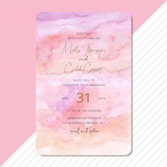 Convite de casamento com fundo aquarela abstrata bonita