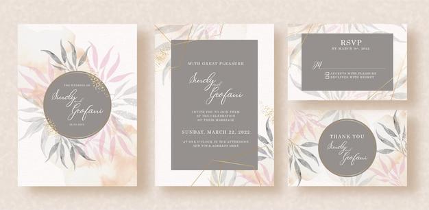 Convite de casamento com molduras de formas em fundo aquarela de folhas tropicais
