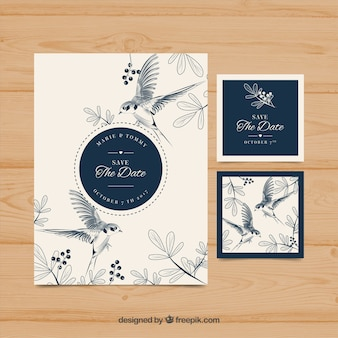 Convite de casamento desenhado à mão com pássaros e flores