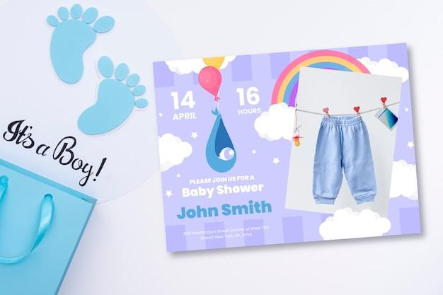 Convite do chuveiro de bebê com foto de calças de bebê