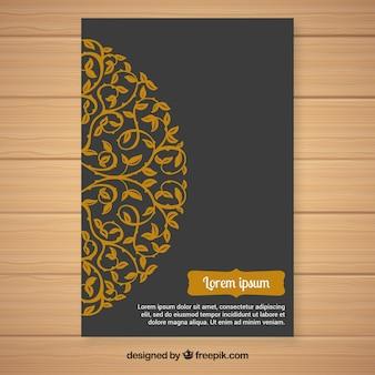 Convite dourado ornamental