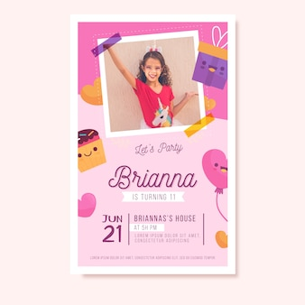 Convite temático colorido do aniversário das crianças