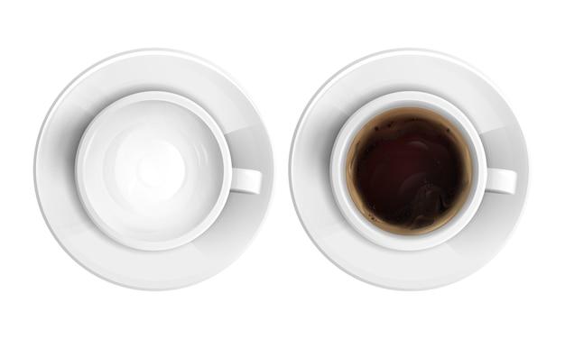 Copo cerâmico realista cheio de cappuccino quente, café ou chocolate e vazio um conjunto de vista superior