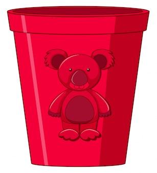 Copo de brinquedo vermelho com urso