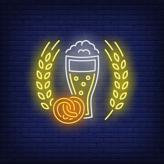 Copo de cerveja, pretzel e cevada orelhas sinal de néon