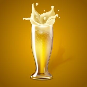 Copo de cerveja realista de vetor com respingos de espuma