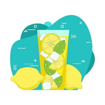Copo de limonada e cubos de gelo.