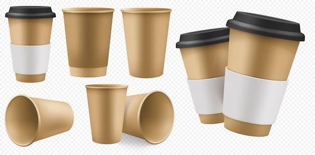 Copo de papel artesanal. modelo de xícara de café marrom em branco com suporte de papelão e tampa plástica. pacote de artesanato para viagem conjunto para bebida quente isolada em fundo transparente. pacote descartável de café para viagem