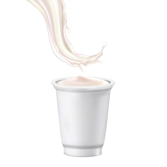 Copo em branco de sobremesa de iogurte e vetor de respingo de leite