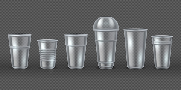 Copos de plastico. canecas de bebida de café de eliminação isoladas, embalagens 3d realistas para alimentos e bebidas. conjunto de talheres descartável