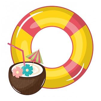 Coquetel de coco tropical com flutuador