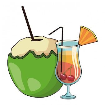 Coquetel de vidro e coco e cerejas
