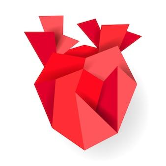 Coração de papel vermelho de origami isolado no fundo branco.