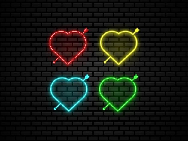 Coração forma neon luz à noite