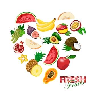 Coração isolado feito de frutas frescas