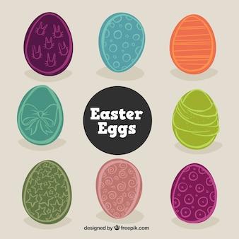 Cores desenhado à mão os ovos de páscoa definidos