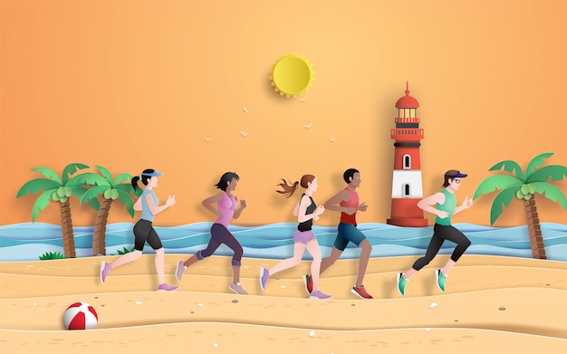 Corredor está correndo na praia na temporada de verão.