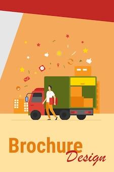 Correio com caminhão entregando pedido. homem carregando a caixa do caminhão de transporte com outros pacotes. ilustração vetorial para serviço de entrega, transporte, conceito de logística