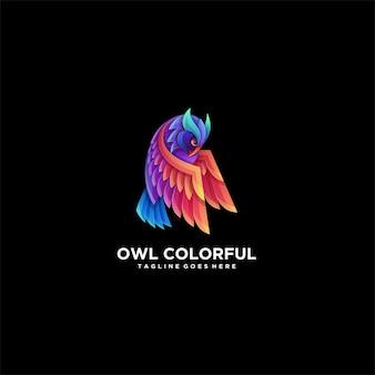 Coruja voando gradiente colorido logotipo.