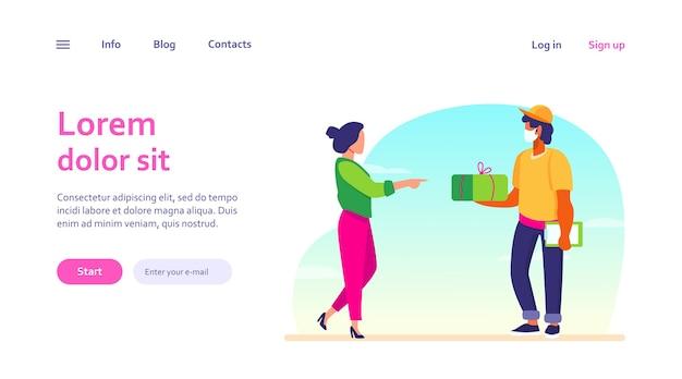 Courier entregando pacote ao cliente. jovem mulher recebendo o modelo de pacote da web.