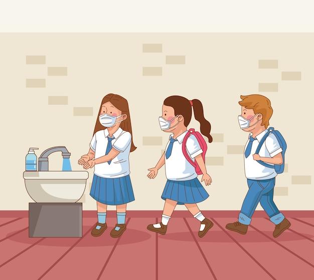 Covid preventivo na cena escolar com alunos lavando as mãos
