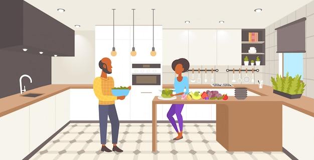 Cozinha de interiores