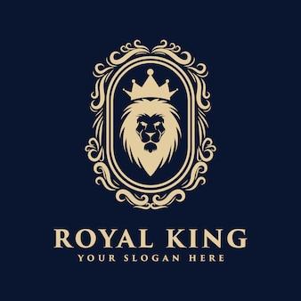 Crachá de logotipo de rei leão com luxo real de fama