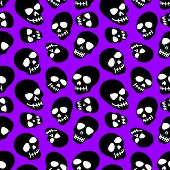 Crânio com padrão de crânios pretos em um fundo roxo
