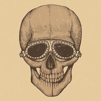 Crânio humano desenhado de mão de estilo motociclista com motocicletas