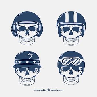 Crânios com capacetes desenhados à mão