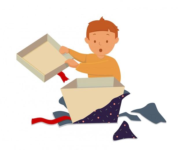 Criança feliz abrir sua caixa de presente