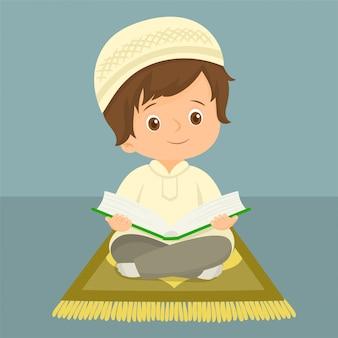 Criança muçulmana lendo o alcorão