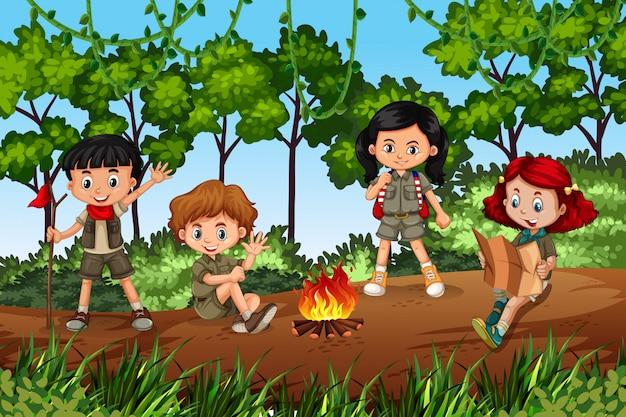 Crianças, acampamento, em, floresta