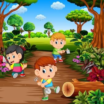 Crianças aprendendo jardinagem ao ar livre