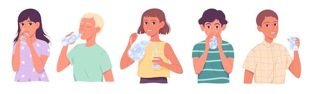 Crianças bebendo água, crianças bebem água, meninos e meninas matando a sede em fundo branco.