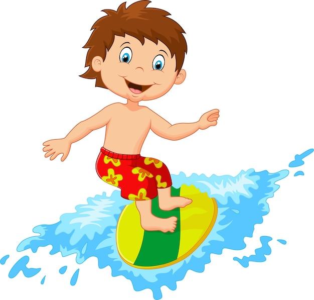 Crianças brincam de surf na prancha de surf em grande onda