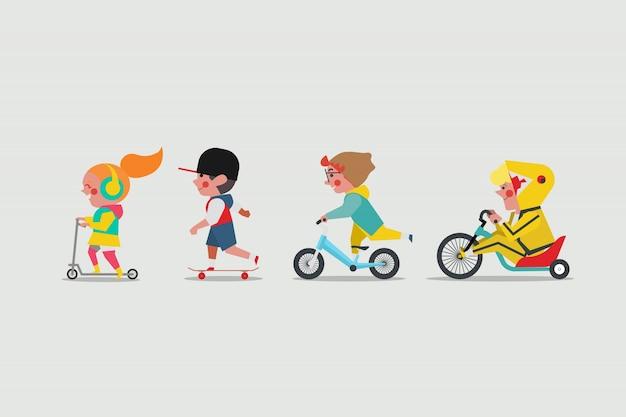Crianças brincando lá fora. menina jogando scooter. meninos brincando de skate. boy andando bicicleta de equilíbrio e garoto gordo montando uma moto drift trike lowrider