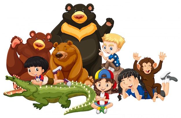 Crianças com animais em fundo isolado