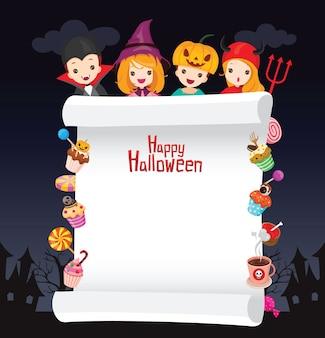 Crianças com fantasia de halloween em moldura decorada com doces e bombons