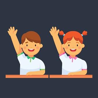 Crianças da escola levantem a mão na aula