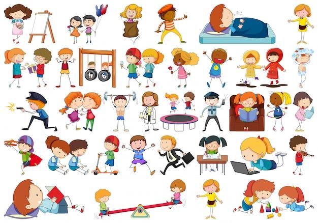 Crianças de estilo simples doodle em um conjunto