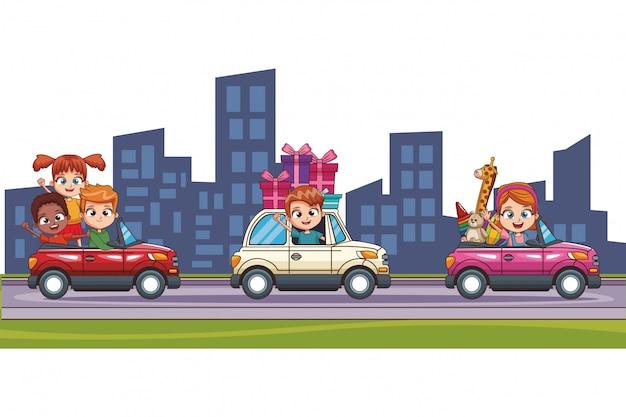 Crianças, dirigindo carro, em, cidade