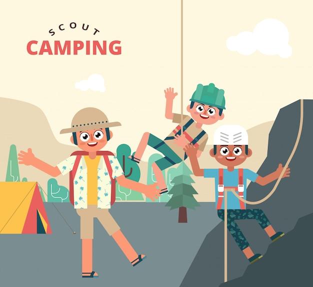 Crianças divertidas no acampamento de férias escoteiro