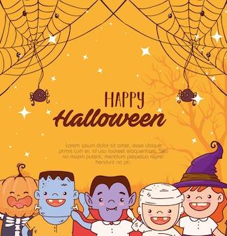 Crianças do grupo disfarçadas para uma feliz festa de halloween